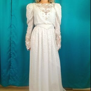 VINTAGE 70s Puff Sleeve Floral Lace Wedding Dress